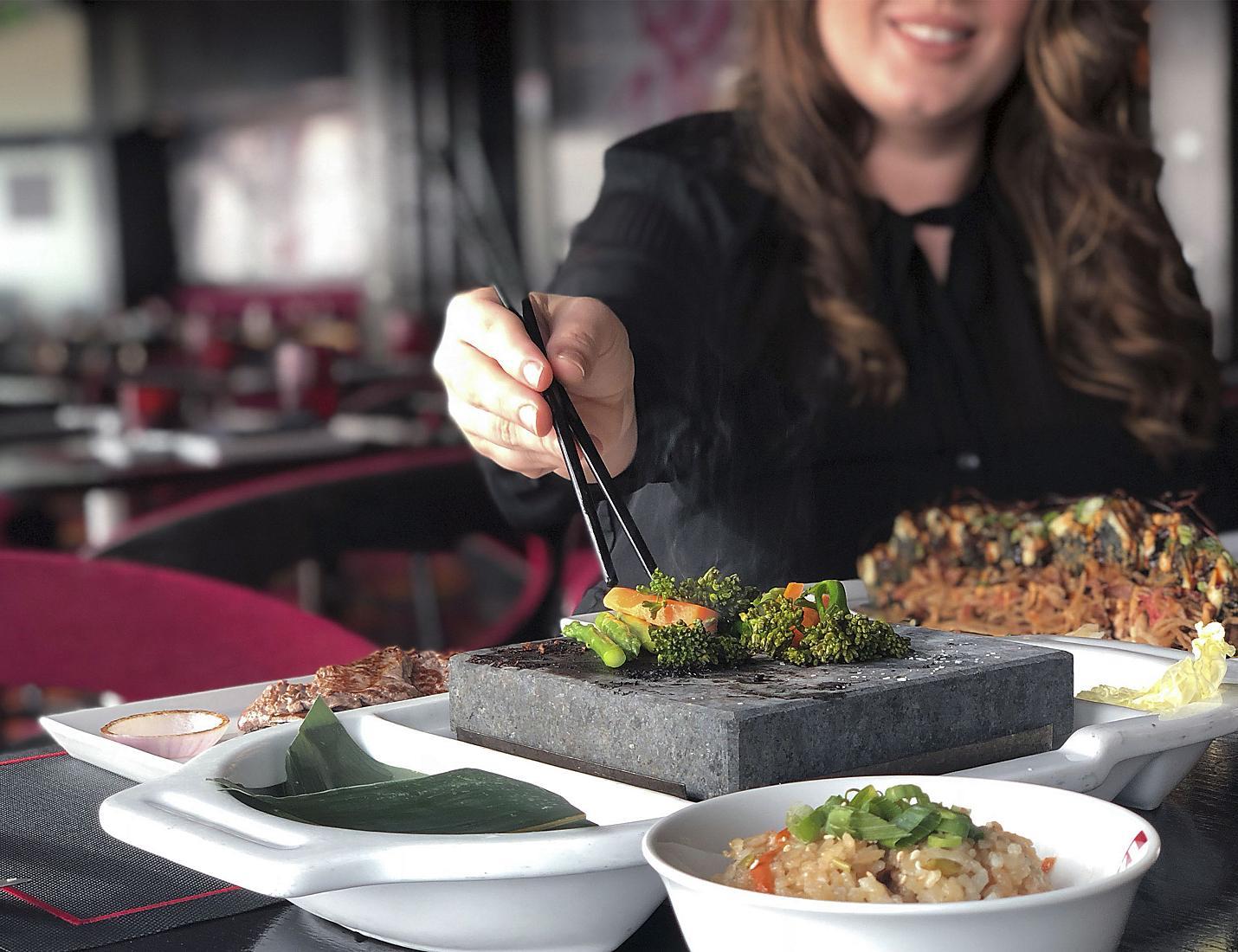 Izumi Sushi & Hot Rocks