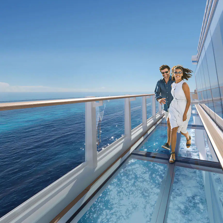 glass walkway on cruise ship