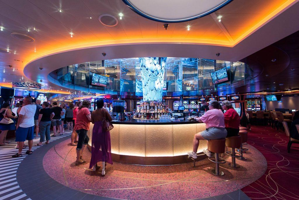 Carnival Horizon bar in the casino