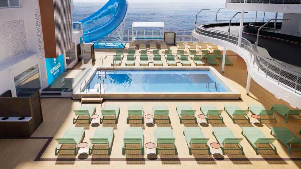 swimming pool on Norwegian Prima